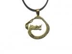 Амулет с изображением золотого дракона