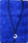 Четки-подвеска на шею из черного агата с полусяцем